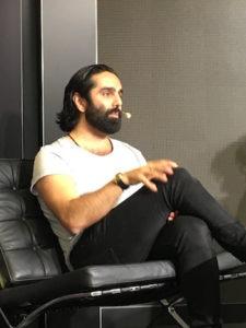 Navid Modiri pratar om sin bok Hej Syster!